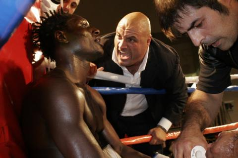 Boxe manager Davide Buccioni incites boxer Mouhamed Ali Ndiaye